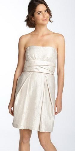 Фото: новинки модных свадебных платьев 2016
