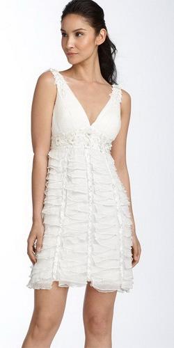 Фото: короткие свадебные платья для стройных девушек