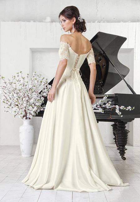 Фото: кружевные свадебные платья