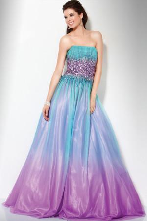 Платье с эффектом омбре