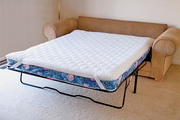 Фото: тонкий матрас на диван
