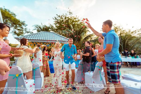 sygrat-svadby-v-pattaie-1