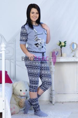 trikotazhnye-zhenskie-kostumy-7
