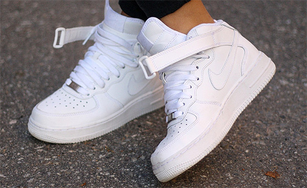 krossovki-air-force-white